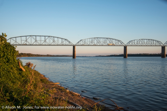 USA: Kentucky, Ohio and Tennessee River Confluence
