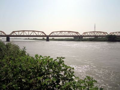 White_Nile_Bridge,_Omdurman_to_Khartoum,_Sudan